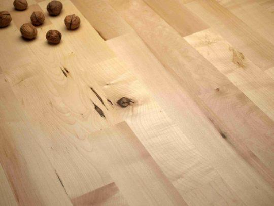 dřevěná podlaha javor struktur