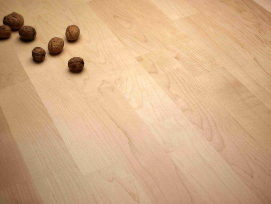dřevěná podlaha javor kanadský