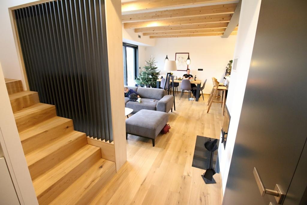 dřevěná podlaha yesfoor